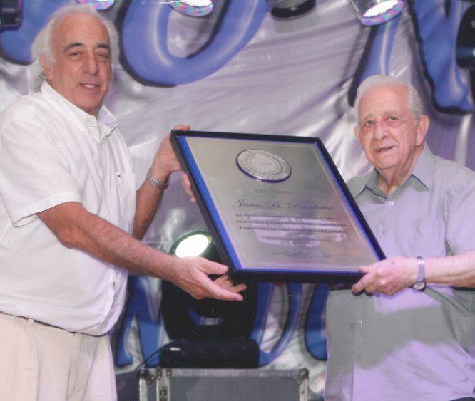 UTA Jubilados / Premio